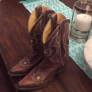 Justin Boots - Handcrafted Women's Boots